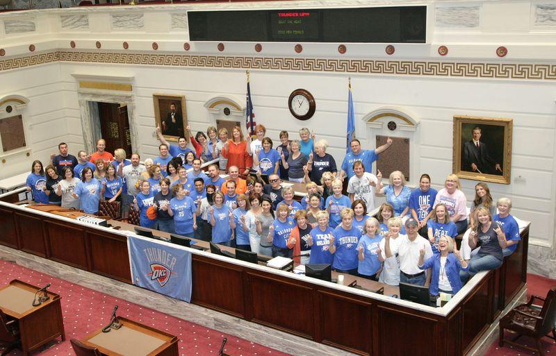 Senate Staff Thunder Up