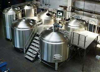 Microbrewery-6-vessel